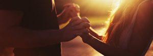 4 αλήθειες για να προσελκύσετε έναν συνειδητό σύντροφο