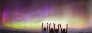 Είμαστε όλοι ένα. Μας συνδέει φως, ακτινοβολία (Μάνος Δανέζης)