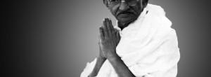 40 φράσεις του Μαχάτμα Γκάντι, σύμβολο και ορόσημο της φιλοσοφικής διανόησης του 20ού αιώνα.