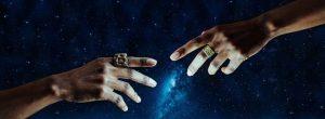 7 σημάδια που δείχνουν πως έχετε μια κοσμική σύνδεση με κάποιον