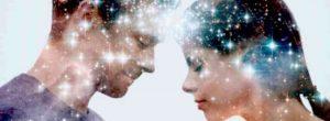 8 τρόποι για να διαμορφώσετε ένα πνευματικό δεσμό με τον σύντροφό  σας