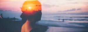 Νιώθετε αναστατωμένοι ή αγχωμένοι; Απλές πρακτικές για να καταπραΰνετε και να ηρεμήσετε τον εαυτό σας.